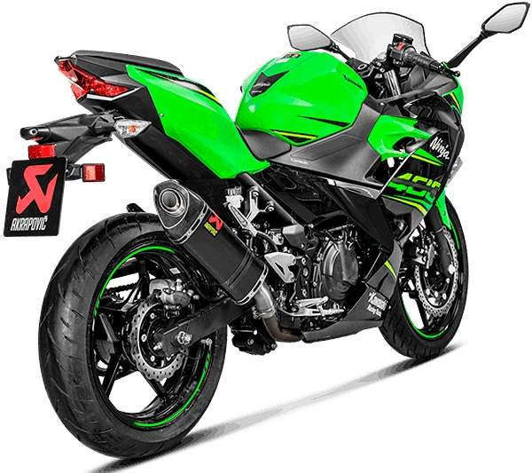 Escape Akrapovic Carbono racing para Kawasaki Ninja 400 2018 en adelante vista lateral